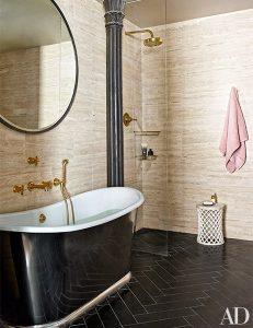 حمام و دستشویی خانه جان لجند و کریسی تیگن